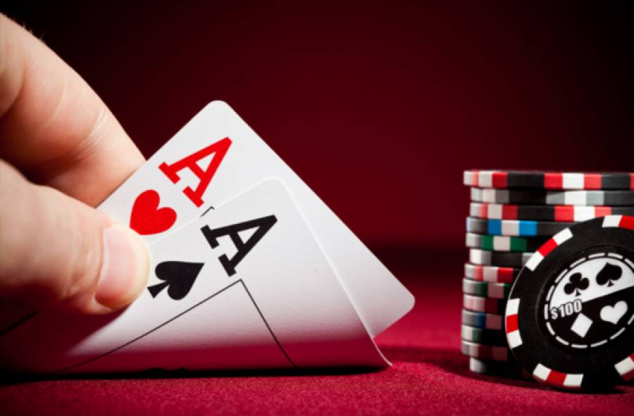 Play Poker at PKV Games and Win Real Cash Prizes