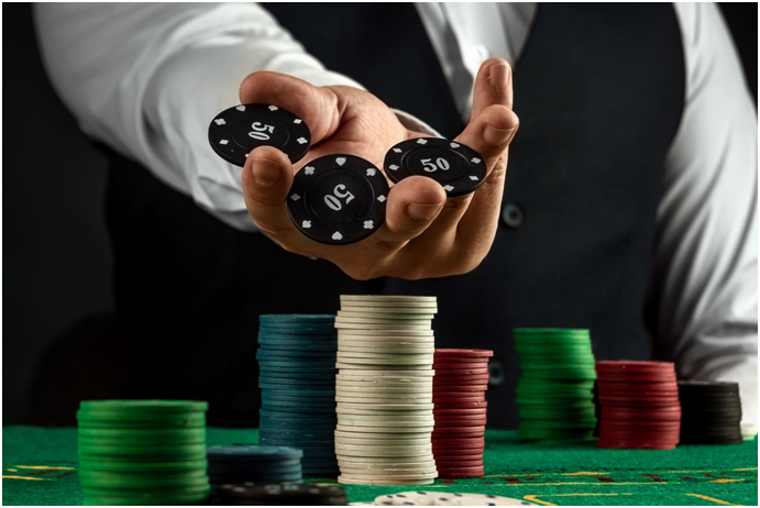 What's the difference between a 'soft' and a 'hard' hand in blackjack?