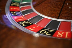 Poker Online and The roles Played by Roulettes
