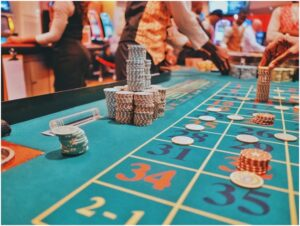 Is it possible to play blackjack through online?